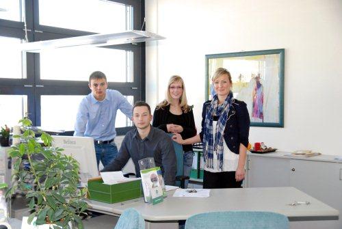 Florian Drewes (Wentzel Dr.), Daniel Häusler (WGS), Jacqueline Gleitsmann (WGS), Alina Wegner (WGS) (v.l.) Foto: WGS
