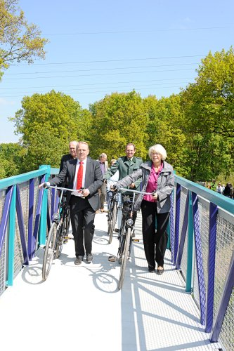 Die neue Brücke verbindet die Vossener Tannen mit dem Postweg (Foto: SDS)