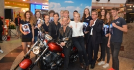 Die 10 Finalisten der Aktion ''New Model 2015'' (Foto: Schlosspark-Center Schwerin)